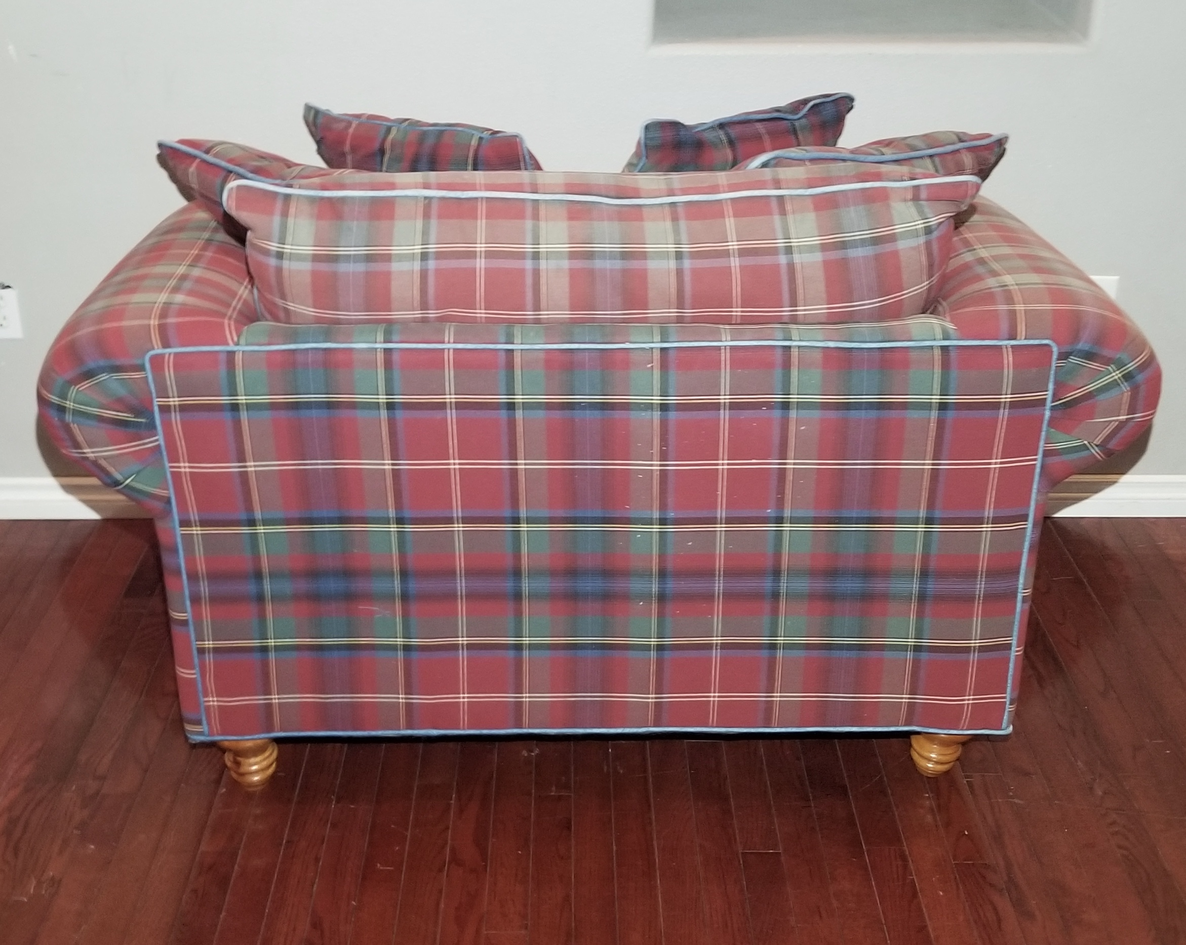 Prime Cha26 Red Green Plaid Mix Polyester Oversized Armchair And Matching Ottoman Inzonedesignstudio Interior Chair Design Inzonedesignstudiocom