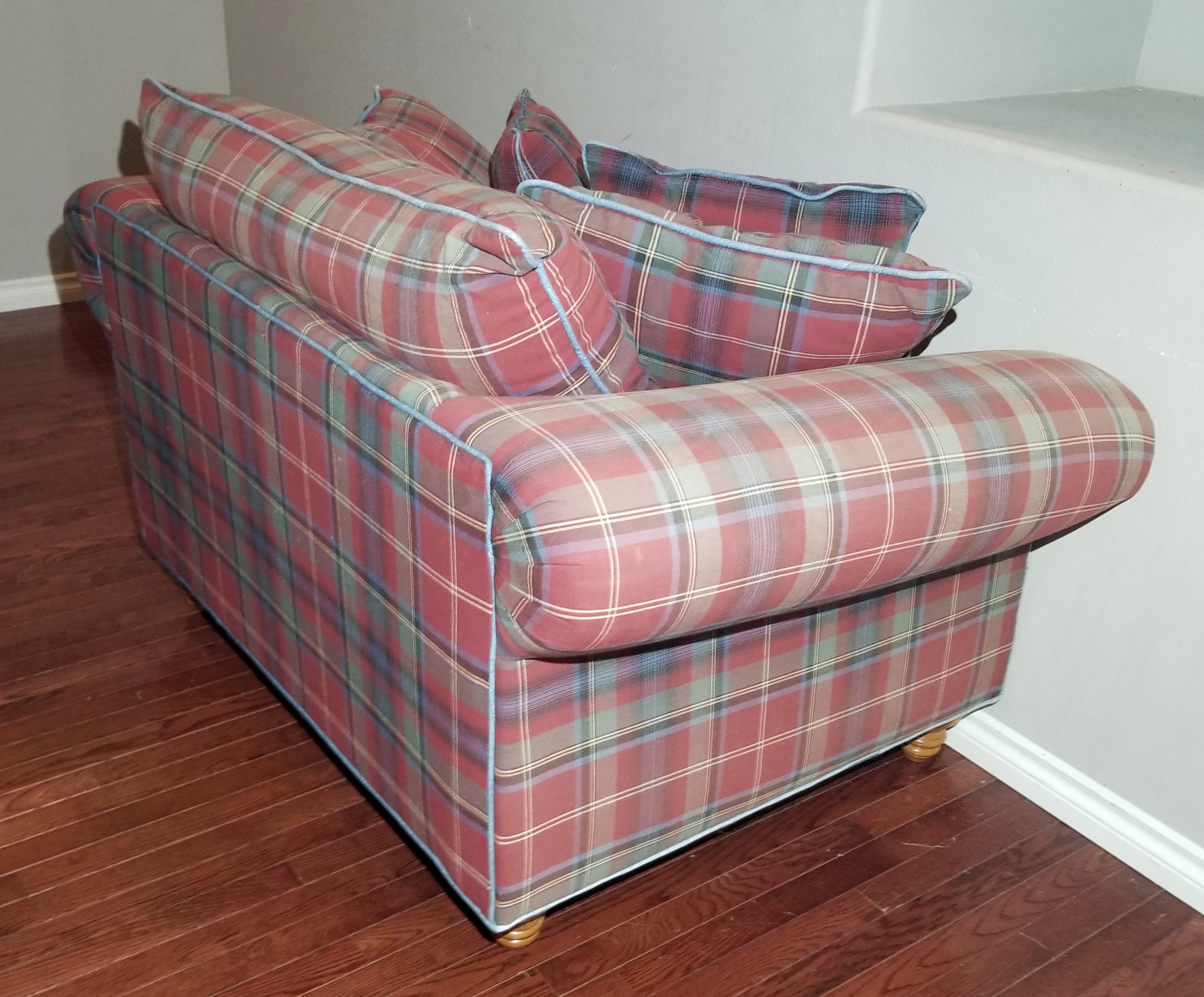 Enjoyable Cha26 Red Green Plaid Mix Polyester Oversized Armchair And Matching Ottoman Inzonedesignstudio Interior Chair Design Inzonedesignstudiocom